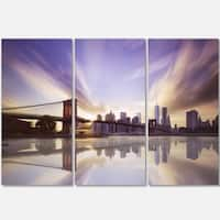 Designart - Purple Sky Over Brooklyn Bridge - Cityscape Photo Glossy Metal Wall Art