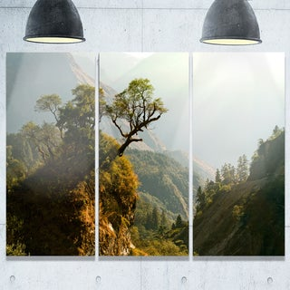 Designart - Enchanted Nepal Mountains - Landscape Photography Glossy Metal Wall Art