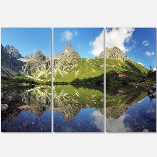 Designart - Green Lake in Tatra Mountain - Landscape Photo Glossy Metal Wall Art