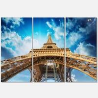 Designart - Beautiful view of Paris Eiffel Tower in Paris - Cityscape Glossy Metal Wall Art