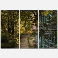 Designart - Pathway in the Green Garden - Landscape Glossy Metal Wall Art