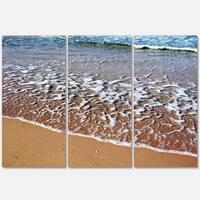 Designart - Ashdod Israel Clear Seashore - Modern Beach Glossy Metal Wall Art