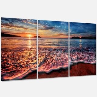 Designart - Peaceful Evening Beach View - Seashore Glossy Metal Wall Art