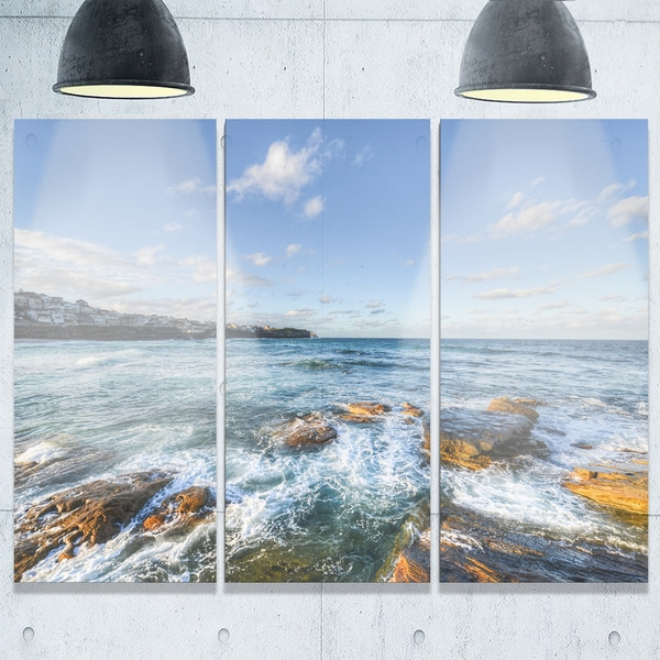 Designart - White Waves in Bondi Beach - Beach Glossy Metal Wall Art