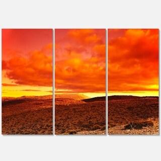Designart - Dramatic Red Sunset at Desert - Extra Large Glossy Metal Wall Art Landscape