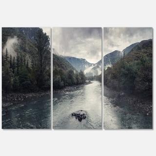 Designart - Mountain River with Fog and Rain - Modern Seascape Glossy Metal Wall Art