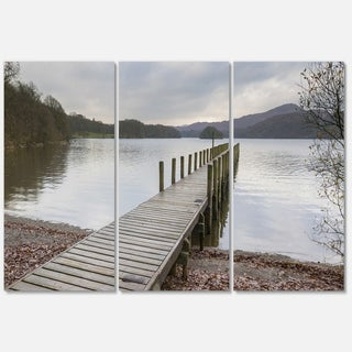 Designart - Wooden Jetty on Lake District - Wooden Sea Bridge Glossy Metal Wall Art