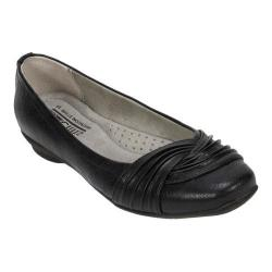 Women's Cliffs by White Mountain Hampton Pleated Ballerina Flat Black Tumbled Smooth PU