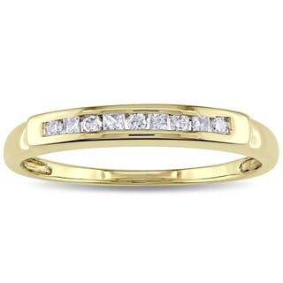 Miadora 14k Yellow Gold 1/5ct TDW Round and Princess-cut Channel Set Diamond Anniversary Band