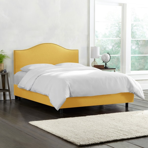 Skyline Furniture Linen French Yellow Nail Button Bed