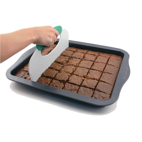 Perfect Slice Black Carbon Steel Cookie Sheet with Tool