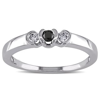 Miadora 10k White Gold 1/4ct TDW Black and White Diamond 3-stone Promise Ring