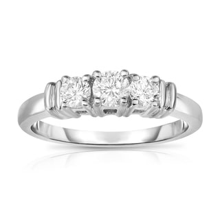Noray Designs 14k White Gold 1/2ct TDW 3-stone Diamond Engagement Ring (G-H, SI1-SI2)