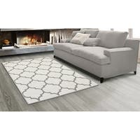 "Sweet Home Stores King Moroccan Trellis Design Area Rug, - 5'3"" x 7'"