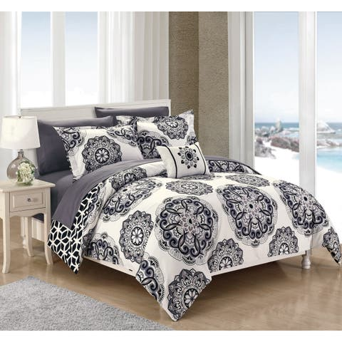 Porch & Den Prowers 8-piece BIB Black Comforter Set
