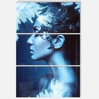 Winter Woman with Splash - Art Portrait Glossy Alumimium 28Wx36H
