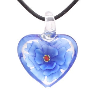 Handmade Italian Murano-style Glass Royal Blue and Clear Carnation Heart Pendant Necklace (United States)