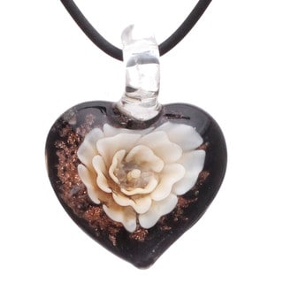 Bleek2Sheek Handcrafted Italian Murano-style Glass Ivory White Carnation Heart Quality Fashion Pendant Necklace