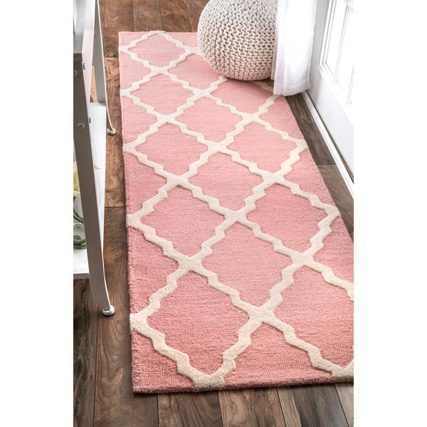 nuLOOM Handmade Trellis Wool Baby Pink Runner Rug - 2'6 x 8'