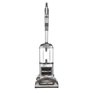 Shark Navigator Lift-Away Deluxe Vacuum (Refurbished)