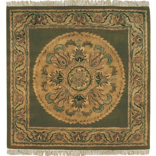 Majestic Collection Green Wool Hand-tufted Square Area Rug (4' x 4')