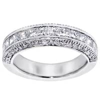 Platinum 2ct TDW Princess-cut Diamond Wedding Band with Round Side Stones