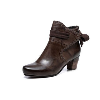 Vicenzo Leather Women's Sahara Bootie