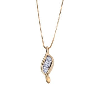 10k Yellow Gold 1/6ct TDW Diamond 3-stone Pendant By Ever One (H-I, I1-I2)