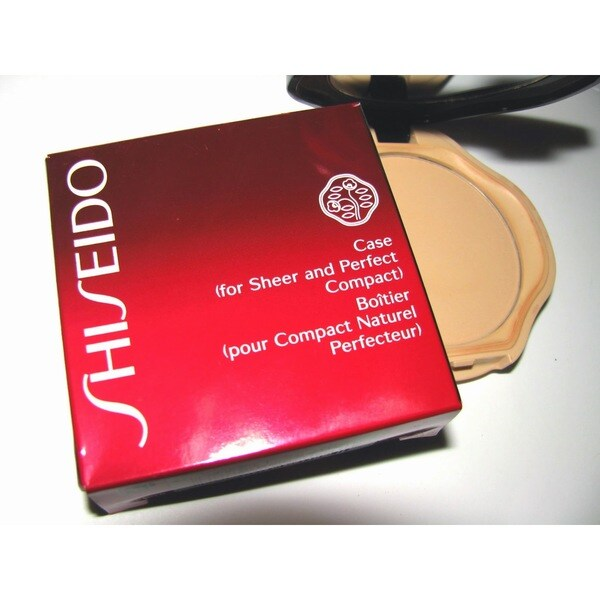 Shiseido Case for Sheer and Perfect Compact. Opens flyout.