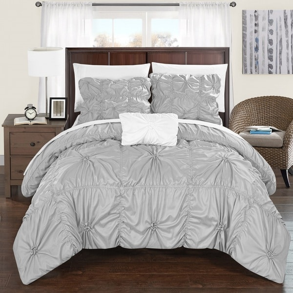 Chic Home 8-Piece Benedict Silver Bed in a Bag Duvet Set