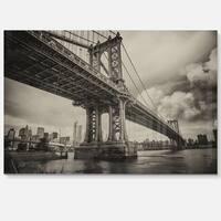 Manhattan Bridge in Dark Gray - Cityscape Photo Glossy Metal Wall Art