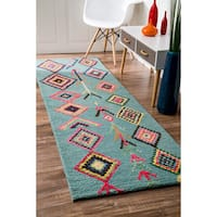 The Curated Nomad Escolta Wool Moroccan Triangle Hand-tufted Runner Area Rug - 2'6 x 12'