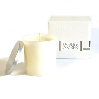 Baxter Manor Oakmoss Musk and Amber Candle