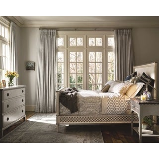 Universal Sojourn Summer White Bed