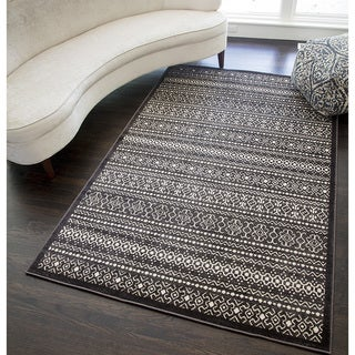 Riley Collection Zacary Ivory Polypropylene Power-Loomed Rug (5' x 8')