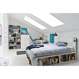 Voelkel 4 You Collection White-finish Pine Wood Queen Bed with Flat Headboard and Hydraulic Lifting Framed Bedslats
