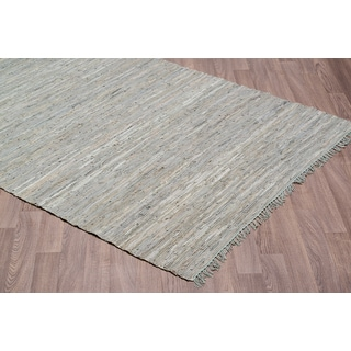 Grey Leather Handmade Reversible Rug (7'6 x 9'6)