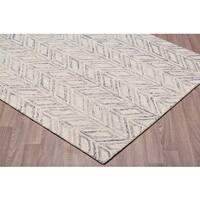 Vine Blue Wool Handmade Rug (7'6 x 9'6)