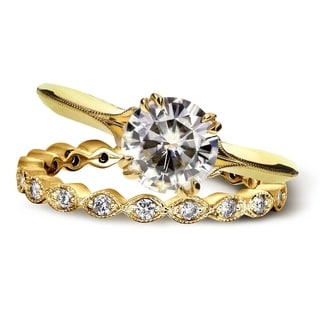Annello 14k Yellow Gold Forever One Moissanite and 2/5ct TDW Diamond Blooming Flower 2-Piece Bridal Rings Set (G-H, I1-I2)