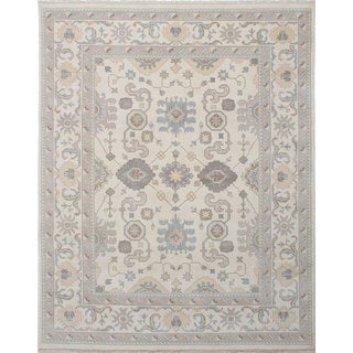 eCarpetGallery Royal Ushak Ivory Wool and Cotton Hand-knotted Area Rug (7'11 x 9'11)