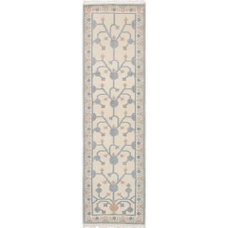 eCarpetGallery Hand-knotted Ushak Ivory Stonewash Wool Rug (2'9 x 10'1)