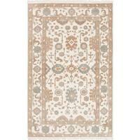 eCarpetGallery Royal Ushak Ivory Hand-knotted Wool Rug (5'0 x 8'0)