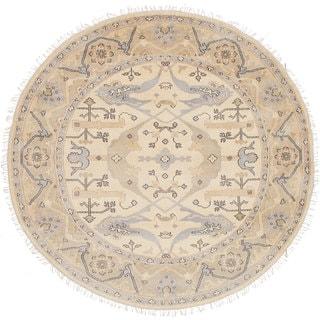 eCarpetGallery Hand-knotted Royal Ushak Ivory Wool Rug (7'10 x 7'10)