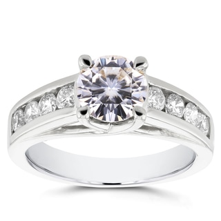 Annello 14k White Gold Forever Brilliant Moissanite and 1/2ct TDW Diamond Channel Band Engagement Ring (G-H, I1-I2)