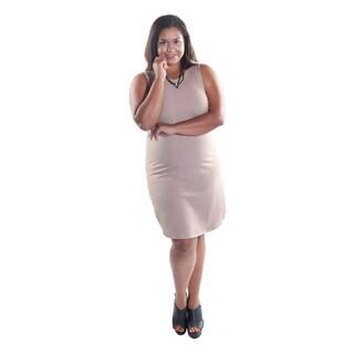 "Hadari Women's Plus Size Sleeveless Round Neckline Tunic Dress with 2"" side slits"