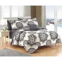 Chic Home 8-Piece Miranda Black Quilt Set