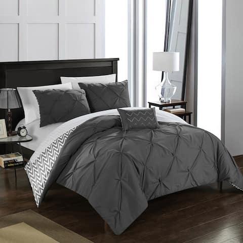 Porch & Den Red Cliff 4-piece Grey Comforter Set