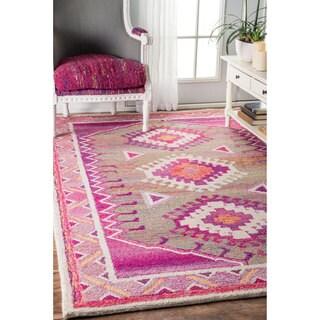 nuLOOM Handmade Bohemian Tribal Pink Rug (7'6 x 9'6)