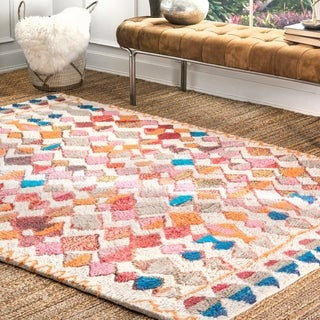 nuLOOM Soft and Plush Handmade Moroccan Diamond Multi Shag Rug (7'6 x 9'6)