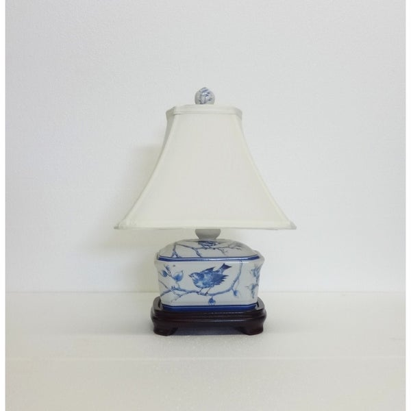 Blue/White Porcelain Secret Garden Bird Octagonal Cover Box Lamp